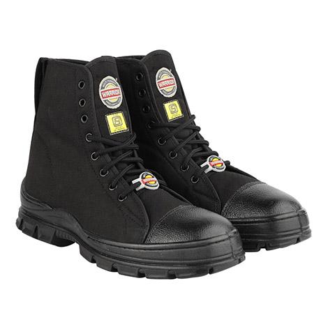 Jungle boot black